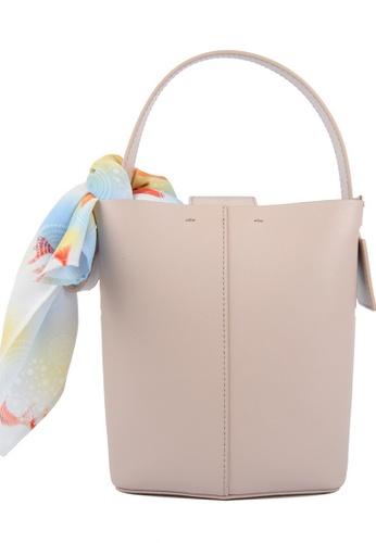 RO Bags beige RO Terranova Felucca Mini Top Handle Bucket Bag in Rose Cloud/Black 729E2AC86EC76FGS_1
