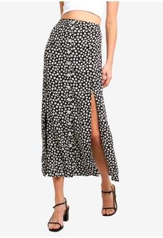 ef50dd5d6c8 Miss Selfridge black Petite Black Floral Print Maxi Skirt 82F05AAA3C6B82GS 1