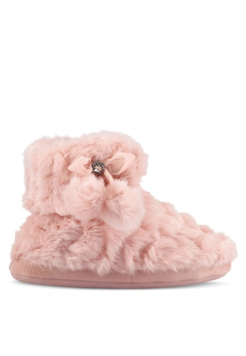 River Island pink Pink Quilted Fluffy Boot Slippers RI009SH0S8SRMY_1