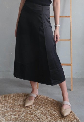 Boss Babe the Label black Anneliese Satin Midi A-Line Skirt D7AA4AAEA442EDGS_1