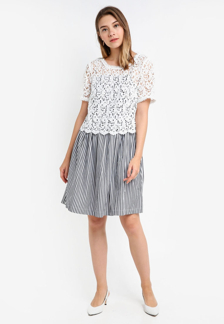 700c4bf65962 ... Flared Stripe Connection White Sardinia Black Summer Dress French  g5BwwWq7