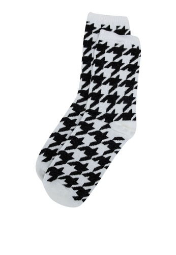 H&M white and multi Patterned Socks 5FFA7AA76CC366GS_1