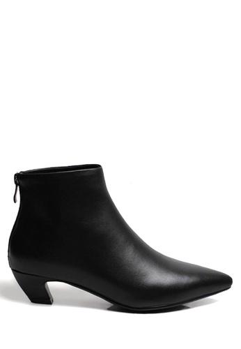 Twenty Eight Shoes 黑色 彎形跟尖頭短靴 VB6662 TW446SH2V7NUHK_1