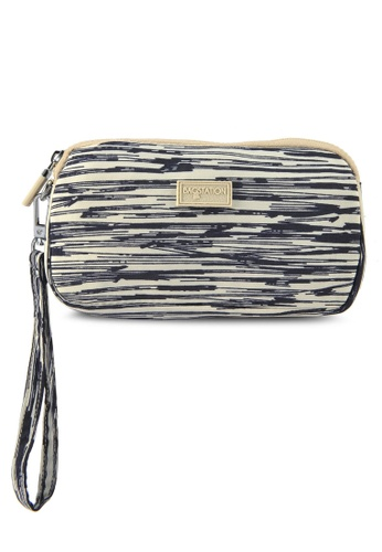 Bagstationz beige Printed Crinkled Nylon Wristlet Pouch 3C2ACAC8B33AA8GS_1