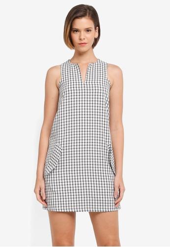 ZALORA multi Keyhole Neckline Shift Dress 4E1C3AA3C16008GS_1