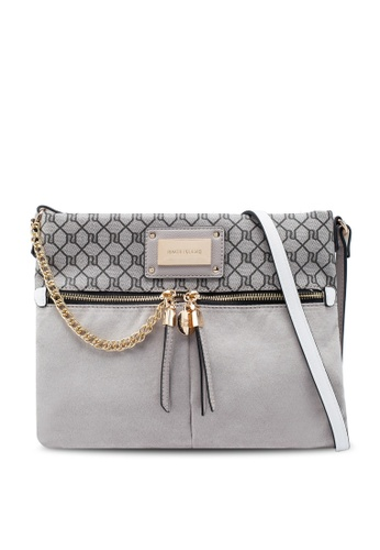 various styles best supplier finest selection Chain Front Messenger Bag