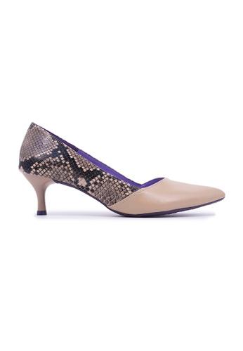 Flatss & Heelss by Rad Russel beige Snakeskin Kitten Heels - Beige 535DASH055EDC4GS_1