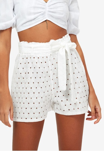 Trendyol 白色 Belted 刺繡Eyelet 短褲 ECE45AAFFED136GS_1