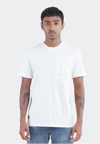 Celciusmen white CELCIUS Kaos Lengan Pendek Detail Pocket LIN000003C 7D559AA3502132GS_1