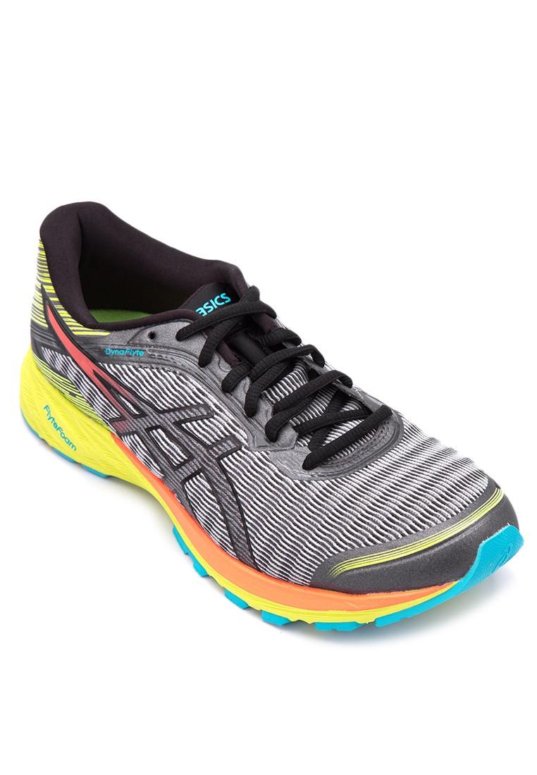 DynaFlyte Running Shoes