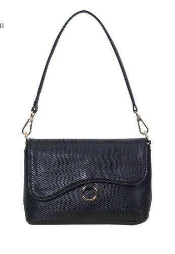 Verchini black Verchini Asymmetrical Shoulder Bag 4B80FACFED01A1GS_1