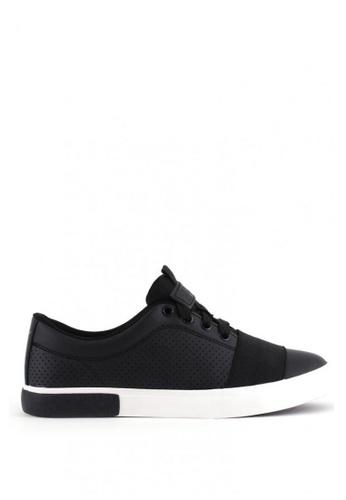 World Balance black Webster MS Sneakers 77264SH063ECF0GS_1