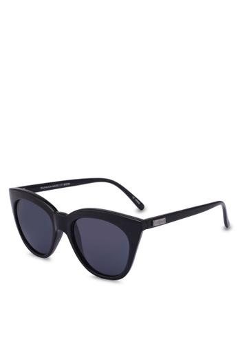 Le Specs black Halfmoon Magic 1202094 Sunglasses BE637GLD1E3C46GS_1