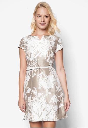 撞色花卉腰帶蓋zalora taiwan 時尚購物網鞋子袖洋裝, 服飾, 洋裝