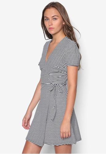 Szalora 包包評價tripe Wrap Skater Dress, 服飾, 洋裝