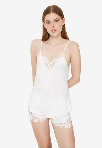 Trendyol white Lace Detail Satin Pyjama Set 25657AAC5EA74CGS_1