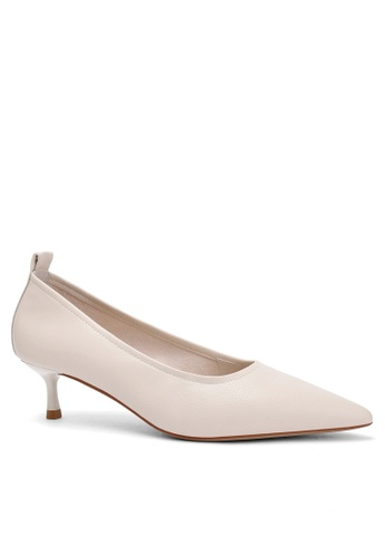 Twenty Eight Shoes Soft Synthetic Leather Round Toe Pumps 2045-8 13EE7SH9225438GS_1
