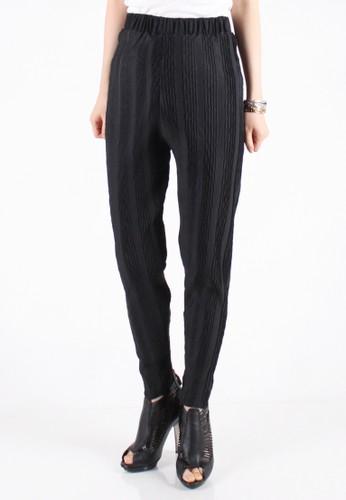 Meitavi's Plisket Threads Legging Pants - Black