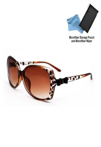 b319ffd0169 Manmico brown Iwear Collection Fashion Eyewear C959 (Brown) with free  Microfiber Storage Pouch and