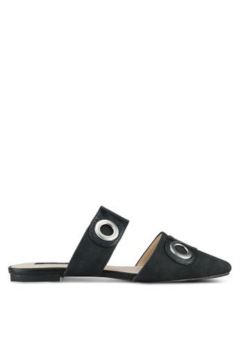 ZALORA 黑色 Eyelets Pointed Toe Flats 264A4SH484C992GS_1