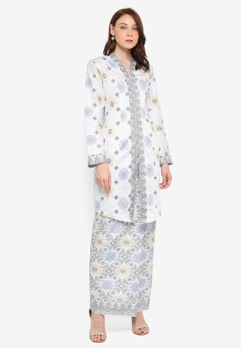 Butik Sireh Pinang white Ainan Cotton Satin Kebaya with Songket Print F17ADAA00BEE0EGS_1