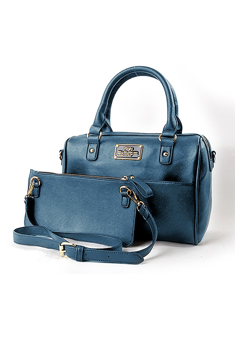 Sassy Chicness Boston Bag