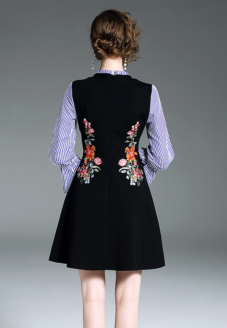 2018 Dress Piece Embroidery New Black Sleeve One CA043039 Sunnydaysweety Black Flare rx6pqfwr0