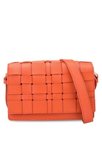 Keddo orange Saba Sling Bag 7D011AC15D6FEAGS_1