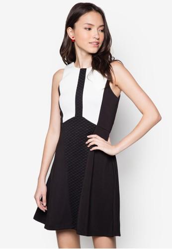 色塊暗紋傘擺洋裝, 服zalora時尚購物網的koumi koumi飾, 洋裝