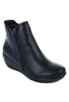Calixta Boots