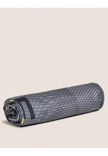 MARKS & SPENCER multi M&S Gym Towel DDCCBHL20BE71DGS_1