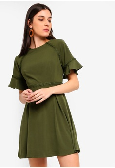 c0c6997bd03 ZALORA green Raglan Sleeves Dress With Trimming 8972FAA538C2CCGS 1