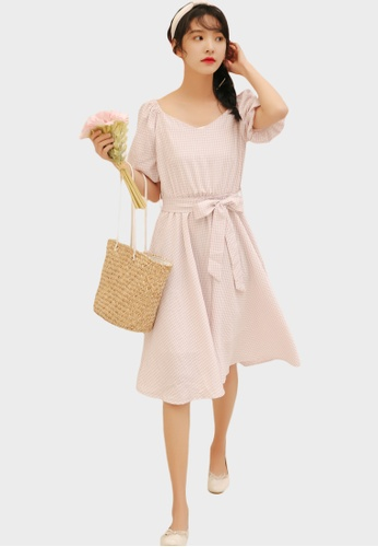 Shopsfashion pink Bubble Sleeve Fit and Flare Dress in Pink F2B6CAA49A0A00GS_1