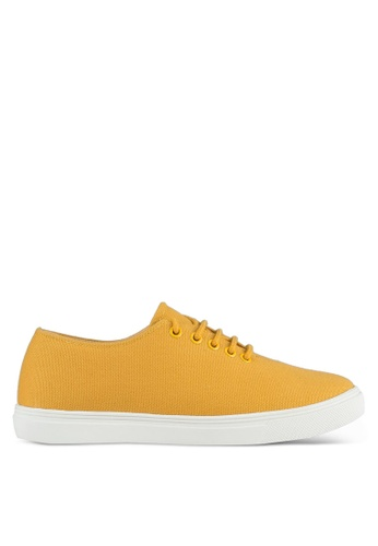 ZALORA yellow Minimalist Lace Up Sneakers 93DCASHB62AF9DGS_1
