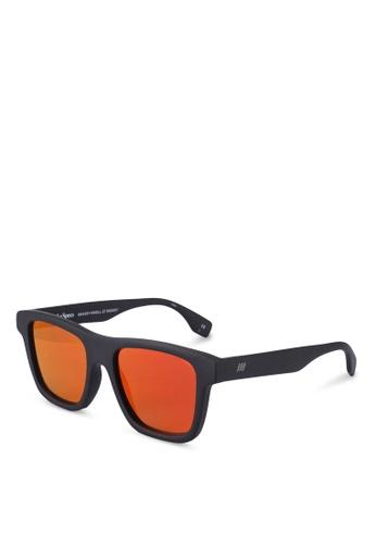 Le Specs black Grassy Knoll 2029517 Sunglasses EC0DFGLC3F72A7GS_1
