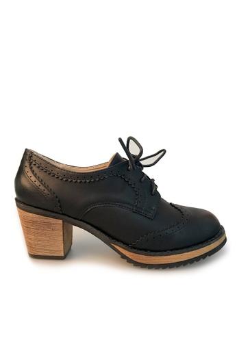 Sunnydaysweety black 2017 Vintage Carved Retro Strap High Heels C030111BK SU443SH88LSXHK_1