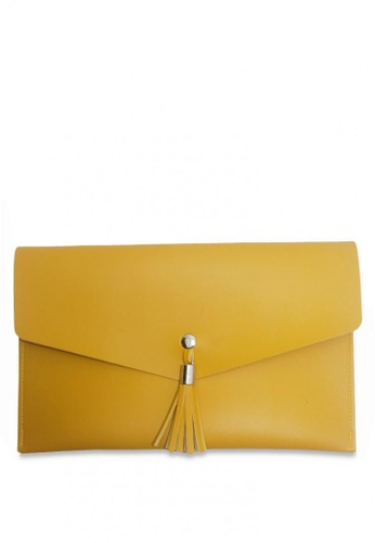 Louiebelle Collection yellow Sophia Clutch LO122AC0K987PH_1