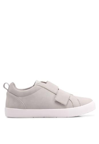 ZALORA grey Cross Strap Sneakers E06E6SH987FD22GS_1