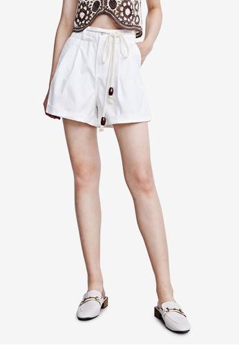 Urban Revivo white Cotton Shorts 89C39AA75D7A6DGS_1