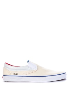 48bcb5eb0a67dd VANS beige Outside In Classic Slip-On Sneakers 99972SH08EE273GS 1