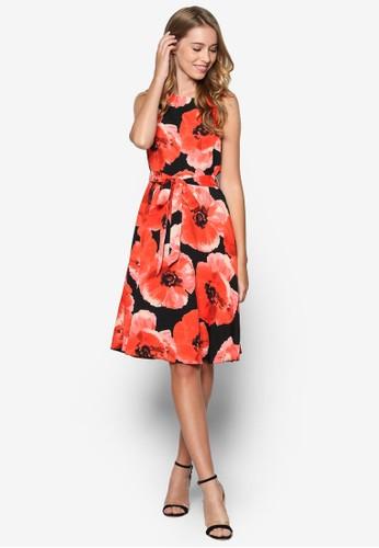 綢緞花卉洋裝, 韓系時尚, 梳esprit分店妝