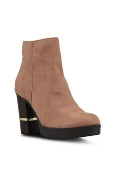 9ee38e1e2fa 55% OFF River Island Wise Platform Boots RM 369.00 NOW RM 165.90 Sizes 8 · River  Island black Natalie 90S Hardwear Skinny Heels 3F442SHE9723CBGS 1