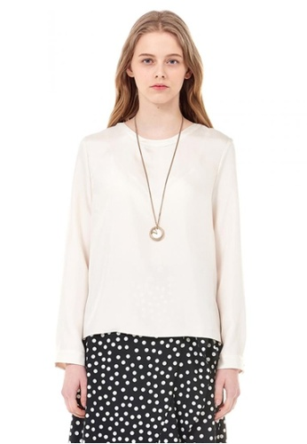 VOV(Voice of Voices) white Ivory Agatha Blouse With Back Bow BBA67AA2229954GS_1