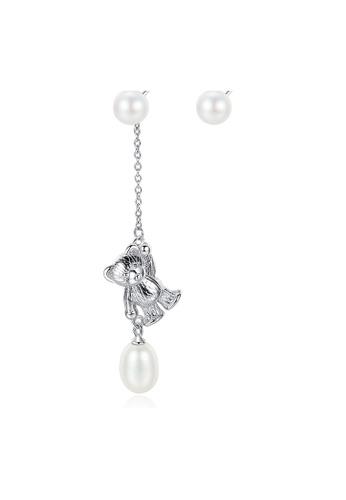 SUNRAIS silver Premium Color Stone Silver Simple Design Earrings 1F31BACF31487FGS_1