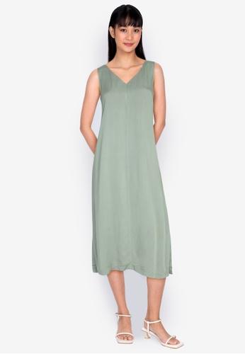 ZALORA BASICS green V Neck Column Dress 0296AAA8F2FEB1GS_1