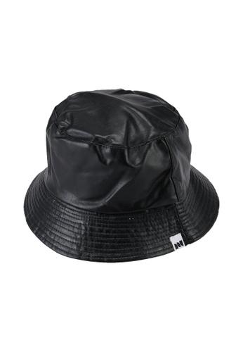 Milliot & Co. black Brook Reversible Bucket Hat 22A88AC74090D7GS_1