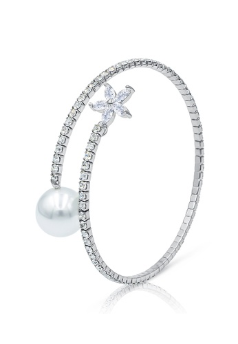 SO SEOUL silver Everleigh Flower Diamond Simulant with White Pearl Open Bangle 453ECACC4CFB5AGS_1