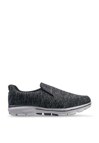 UniqTee black Lightweight Slip-On Sport Sneakers 41B41SHCF1706CGS_1