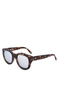 68c48e8a4436 Le Specs brown Runaways 1702057 Sunglasses B7031GL1BC3C6BGS_1
