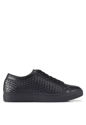 ZALORA 黑色 Weaved Embossed Detail Sneakers 0C37ESH788F370GS_1